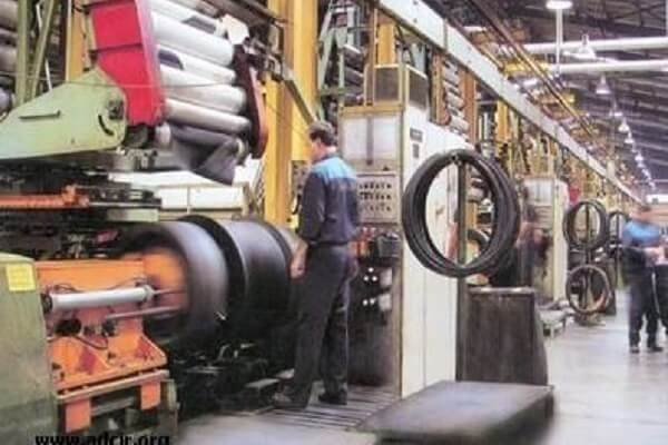 کارگران کارخانه لاستیک پارس نگران از واگذاری مالکیت این واحد صنعتی