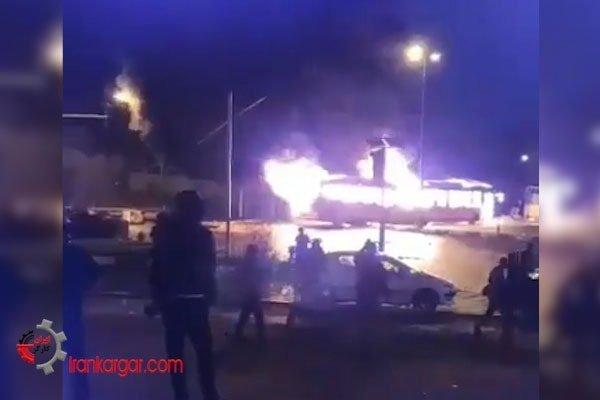 آتش زدن اتوبوس