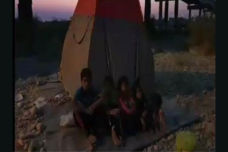 زندگی یک خانواده محروم زیر پل ورودی رامهرمز