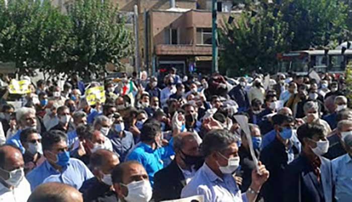 تجمع اعتراضی کارگزاران مخابرات روستایی