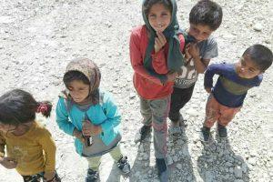 کودکان معصوم روستای زورزک ایذه ، روستایی که نه آب دارد و نه برق