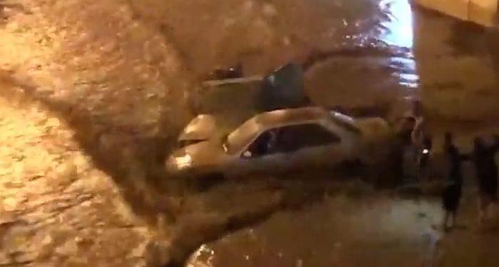 وقوع سیل در هرسین کرمانشاه