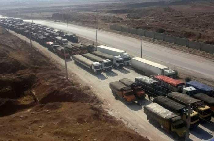 ۱۱۰۰ کامیون سیبزمینی بلاتکلیف در مرز ایران و عراق و تکرار ماجرای فاسد شدن هزار تن گوجه
