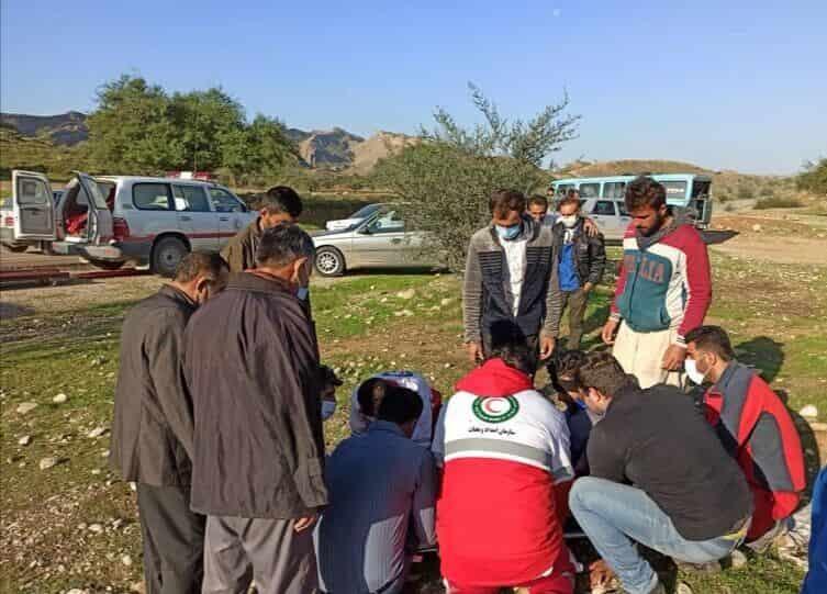 مجروح شدن ۳۰ کارگر پتروشیمی مسجد سلیمان بر اثر تصادف زنجیرهای
