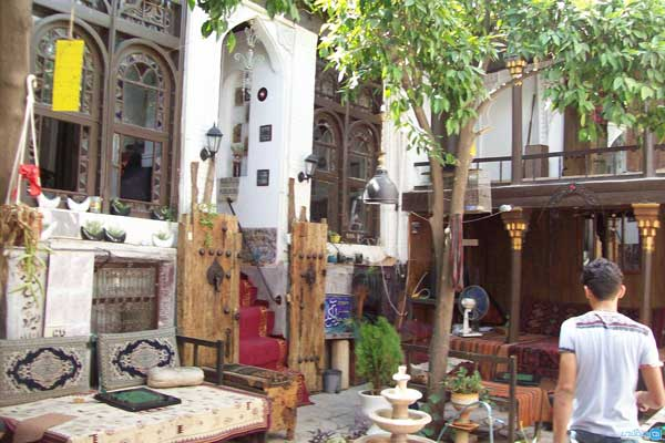 کارگر رستورانها در شیراز