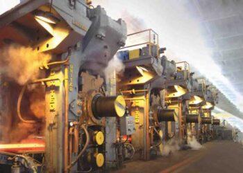 نگرانی کارگران فولاد گیلان