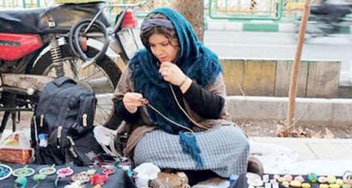 ممنوعیت دستفروشی در ۴۳ شهرستان - روز جهانی زن