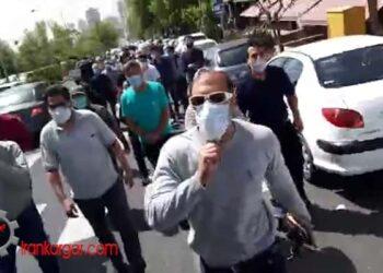 راهپیمایی مالباختگان بورس در خیابانهای تهران