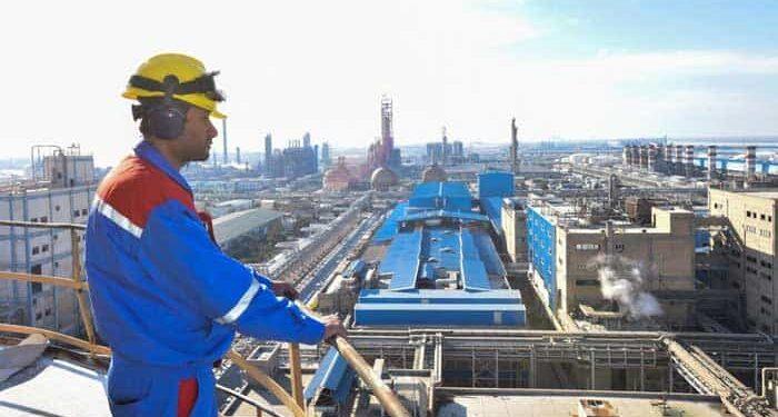 پیام حمایت یک عضو دفتر پروژه های نفتی از اعتصاب کارگران صنعت نفت