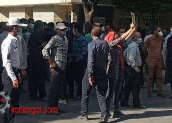 شرکت زنان و دختران شجاع در کنار کشاورزان اصفهان برای گرفتن حقابه زاینده رود