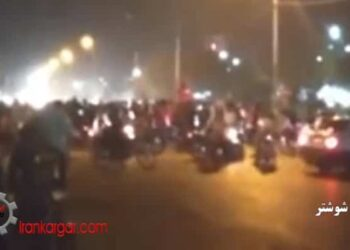 فیلمهای اعتراضات در شهرهای مختلف در همبستگی با مردم خوزستان همراه با شعار علیه حاکمیت