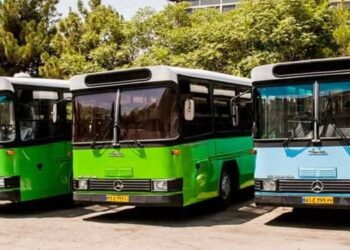 ادامه اعتصاب رانندگان اتوبوسهای شهری ارومیه در اعتراض به پرداخت نشدن مطالبات