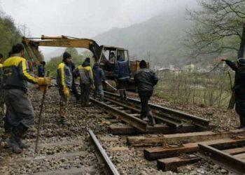 کارگران راهدار راه آهن